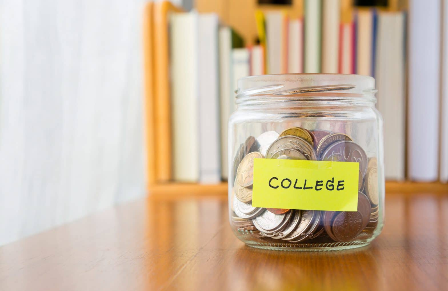 Tough economic times prompt new questions for college visits