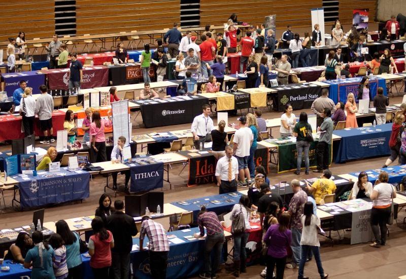 The ultimate college fair guide | Unigo