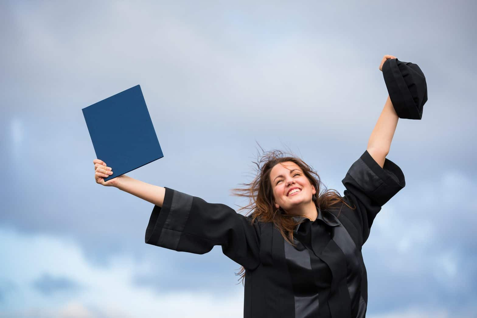 How to graduate with less student loans